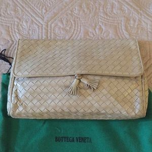 Bottega Veneta shoulder bag Italy 🇮🇹 25 years
